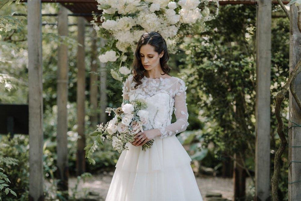 botanical-wedding-inspiration-in-a-london-secret-garden-rebecca-goddard-photography-feature-min.jpg