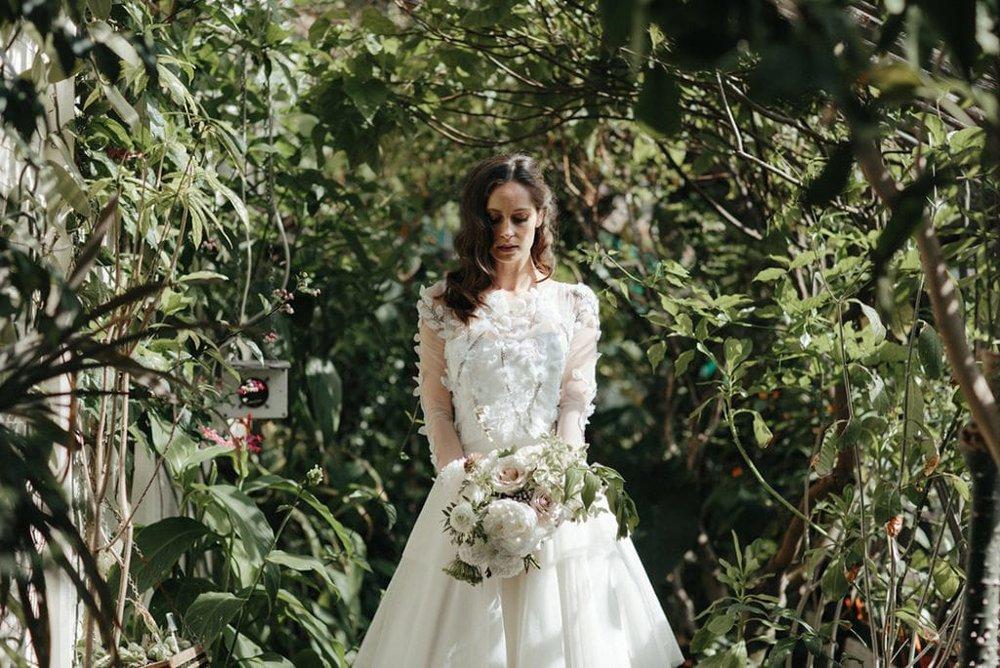 botanical-wedding-inspiration-in-a-london-secret-garden-rebecca-goddard-photography-79-1024x684-min.jpg