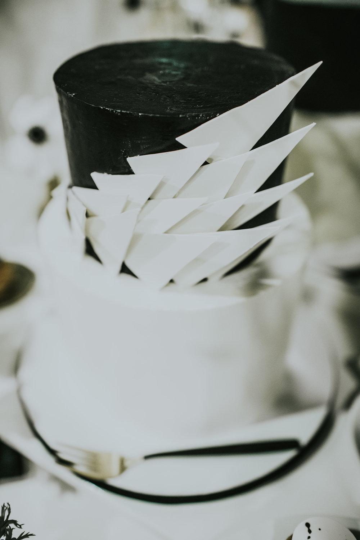 Monochrome-193-min.jpg