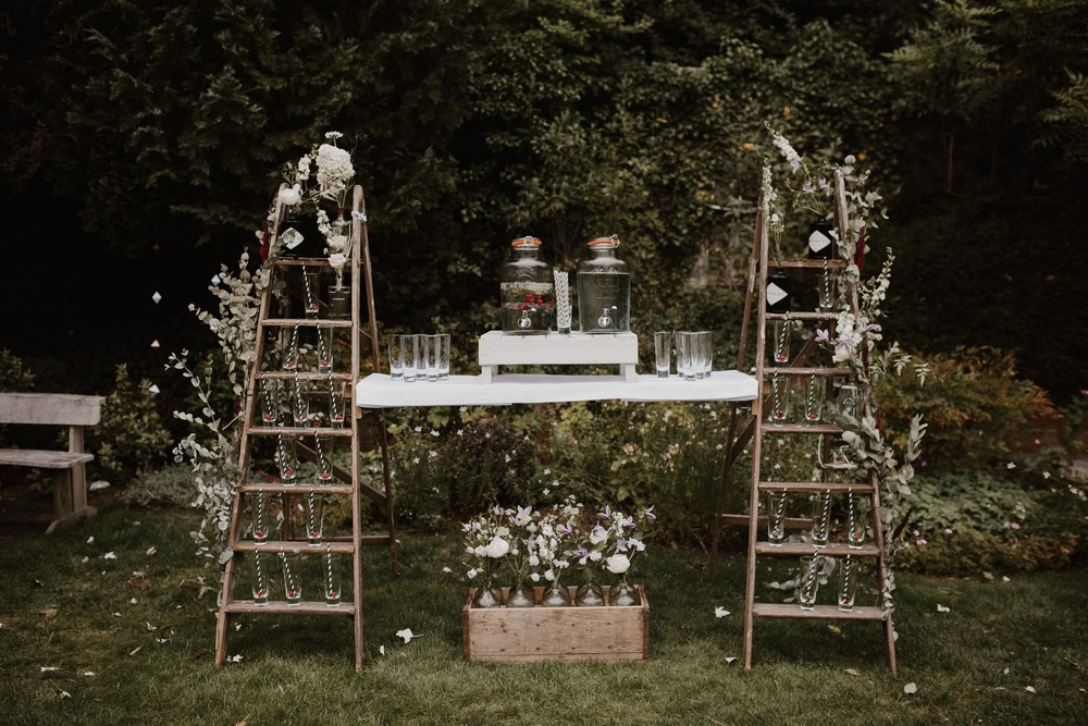 Nat and Tom - 01 - Venue and Details - Sara Lincoln Photography-18-min.jpg