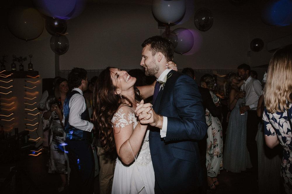 Nat and Tom - 10 - Dancefloor - Sara Lincoln Photography-9.jpg