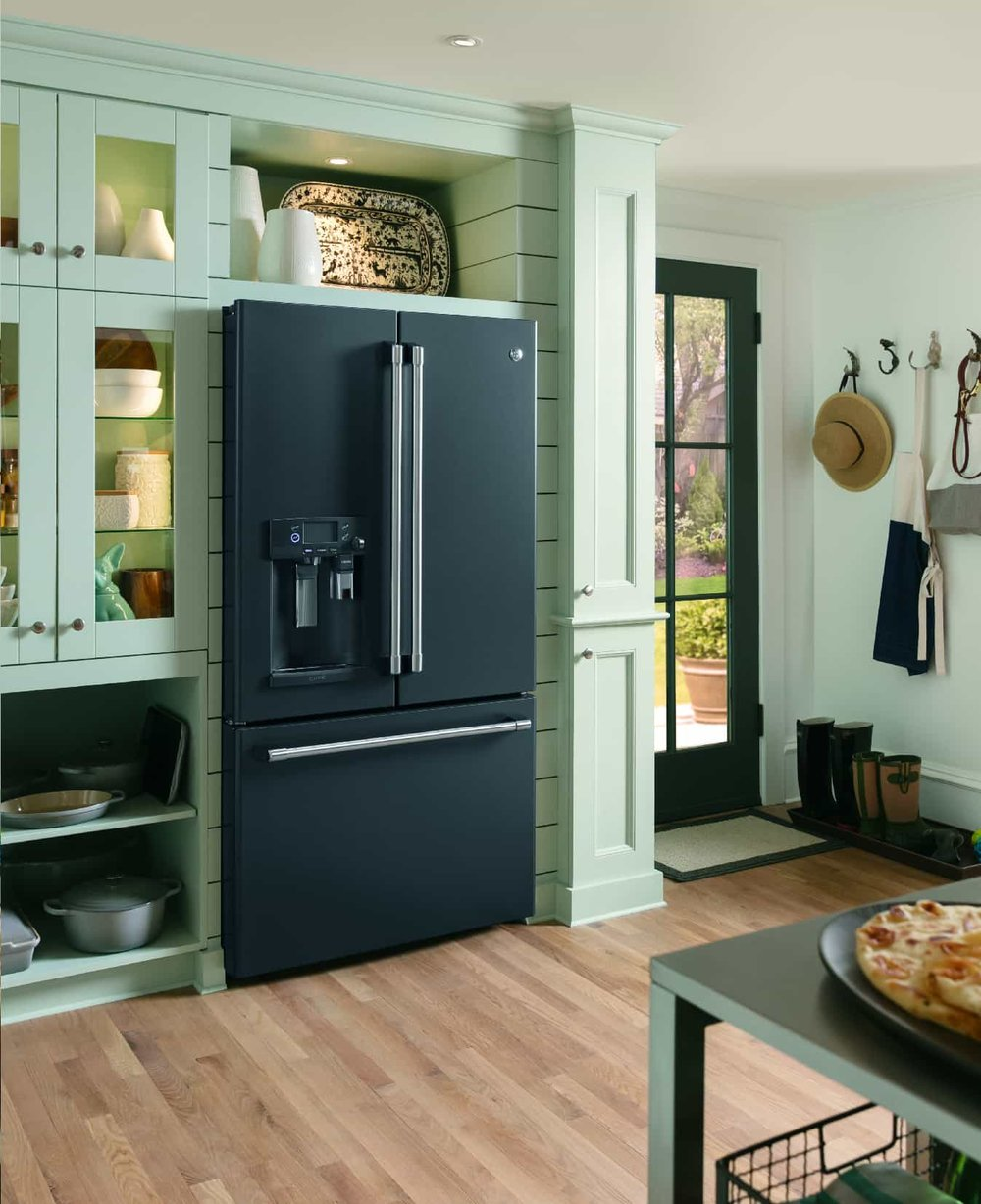 French Door Refrigerator in the Black Slate finish, by GE Appliances - model #CFE28UELDS