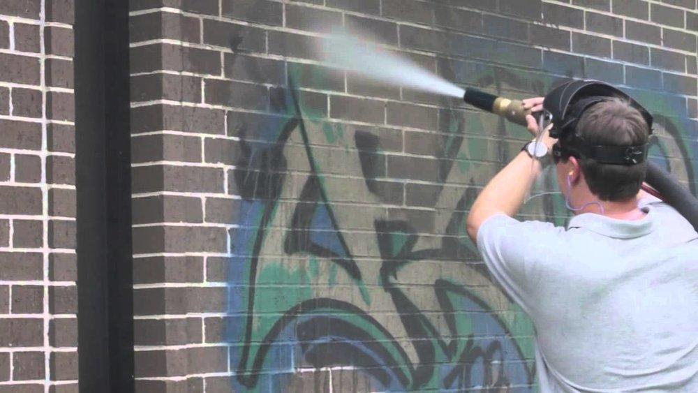 Sandblasting and dustless blasting - Graffiti Removal
