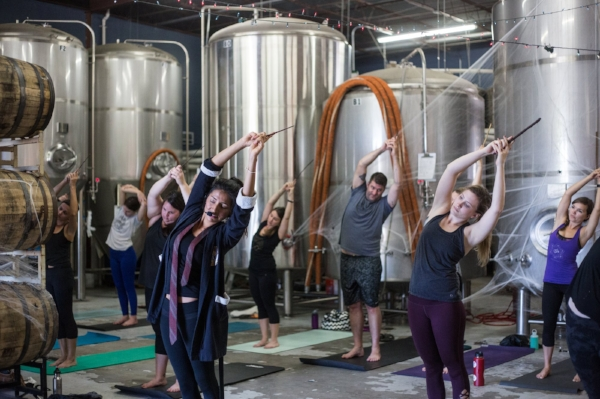 harry-potter-yoga-isabel-beltran-circle-brewing-company-austin-texas-ximena-larkin.jpg