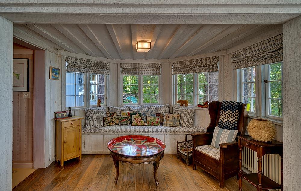 Two340 Sunnyside Ln (Carousel Estates) High Res (15 of 40).jpg