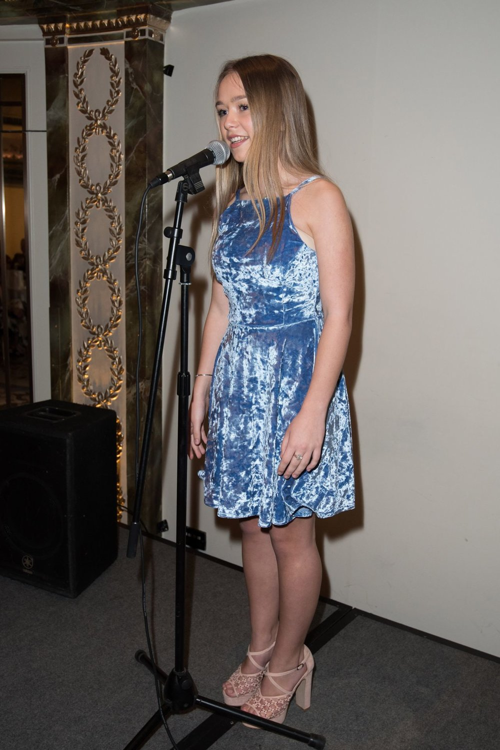 connie-talbot-shooting-star-chase-children-s-hospice-at-the-dorchester-london-05-26-2017-6.jpg