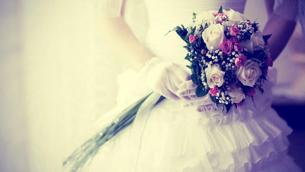 Bride-with-Flowers-Wedding-Background.jpg