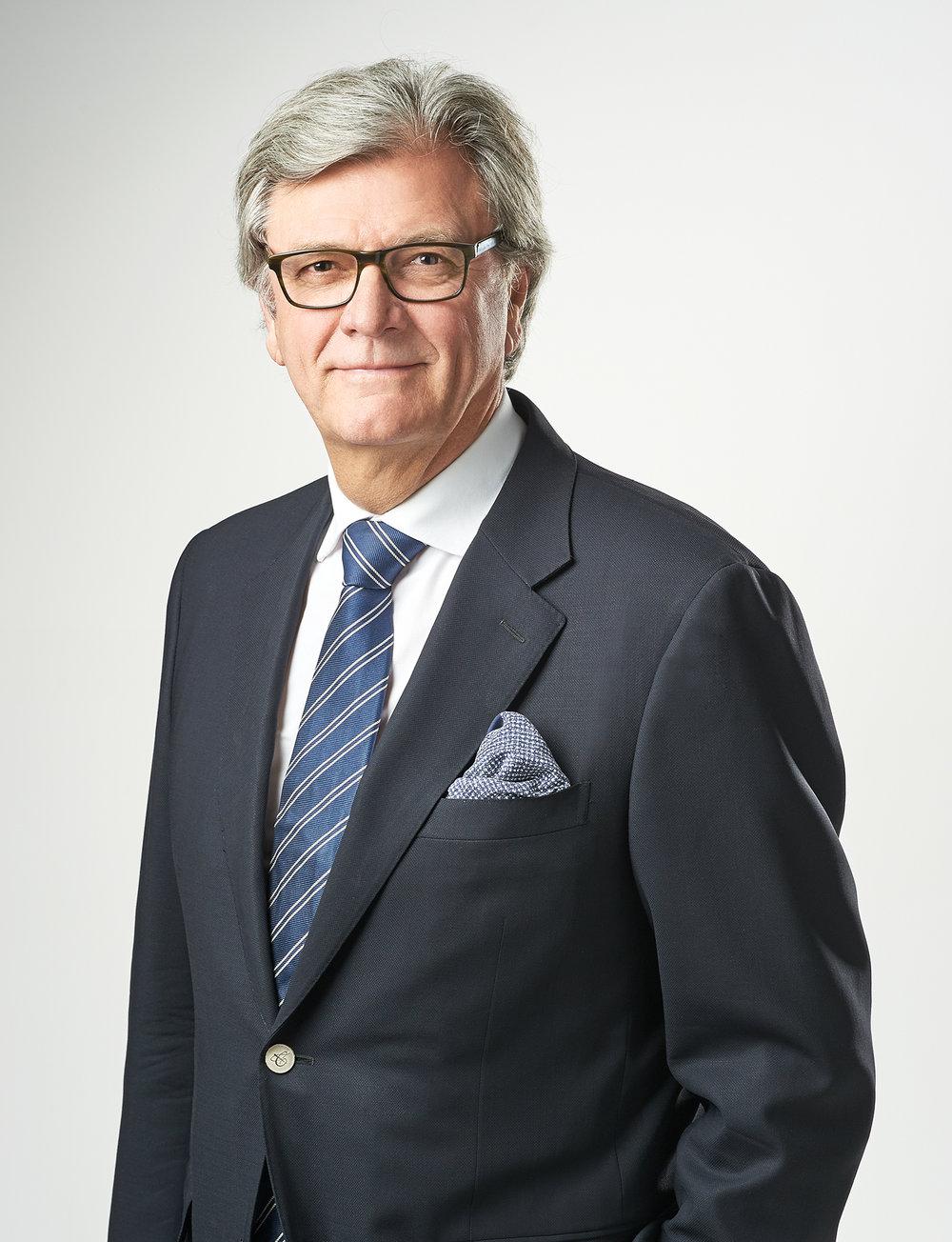 Dr Michael Hammerton - MBBS, FRACS, FRANZCO