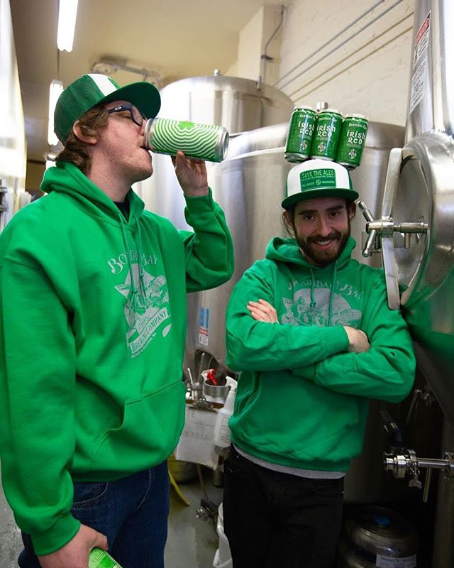Friends don't let friends drink beer that isn't craft 🤪 We're stocking up on everything green because of some holiday happening next month on the 17th... Not sure what it is but I hear it's kind of a big deal around here 😉🍀💚🍻#brewerygoons #savetheales
