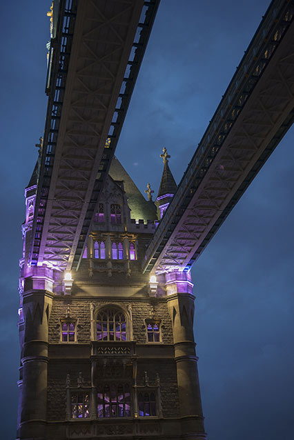 Tower-bridge-blue-hour.jpg