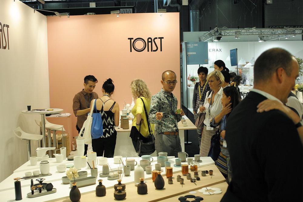每年的巴黎傢飾展(Maison & Objet Paris)中,越來越多各國的老客戶來到TOAST展位看新品。