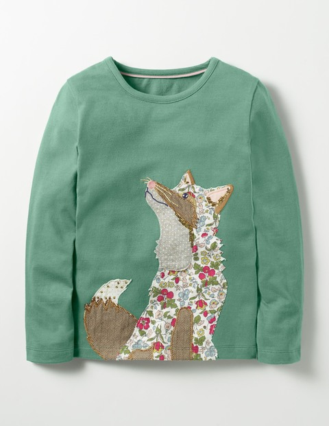 Fox Applique Top - Boden is a repeat offender for hiding some of their best (completely unisex as far as I can tell) designs under girl/boy headings. Don't be afraid to shop both sections to find the winning piece. Like this excellent fox, who is neither baring teeth nor showing claws.Woodland patchwork fox top  £18  Boden