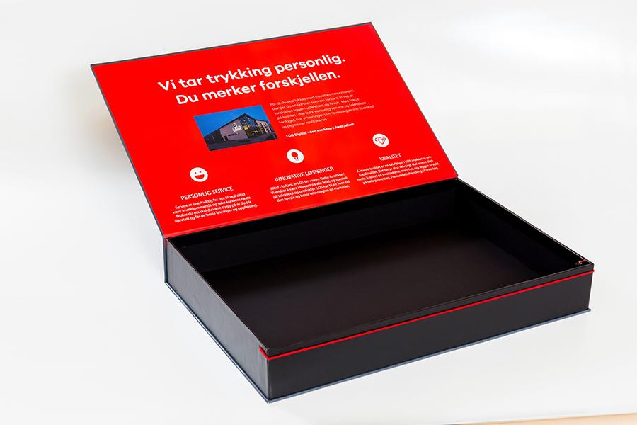 laminated box detail 3.jpg