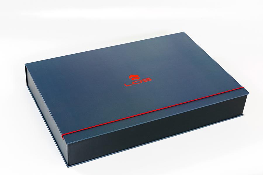 laminated box.jpg