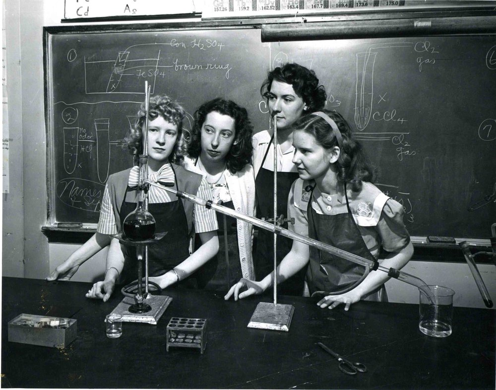 Science lab at Lindenwood University, ca. 1950 ( source )