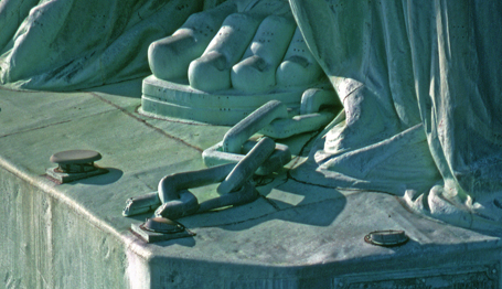libertys-feet.jpg