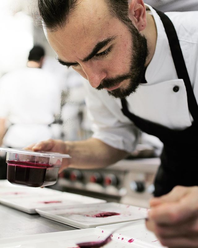 🇮🇹 A tavola con gli chef: un reportage alla scoperta delle origini, delle tradizioni, del gusto, e dell'estro dei nostri cuochi. Dalla prossima settimana sul nostro Blog. . . 🇬🇧 At the Chef's Table: a reportage to discover the origins, the traditions, the research, & the inspiration of our cooks. Starting next week on our Blog. . . . . . #roma #rome #trastevere #italy #chef #chefstalk #cheflife #explore #visititaly  #food #foodandwine #foodporn #foodgasm #food #foodblogger #work #italianfood #cucina #travel #gourmet #art #lazio #yummy #instafood #tasty #pasta #winelover #truecooks #healthyfood #eatclean