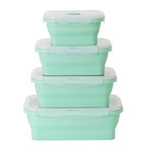 Your friend is a pro in the kitchen but doesn't have a bunch of time for home-cooked meals. The    Dash Collapsible Silicone Storage    is perfect for meal prep masters.