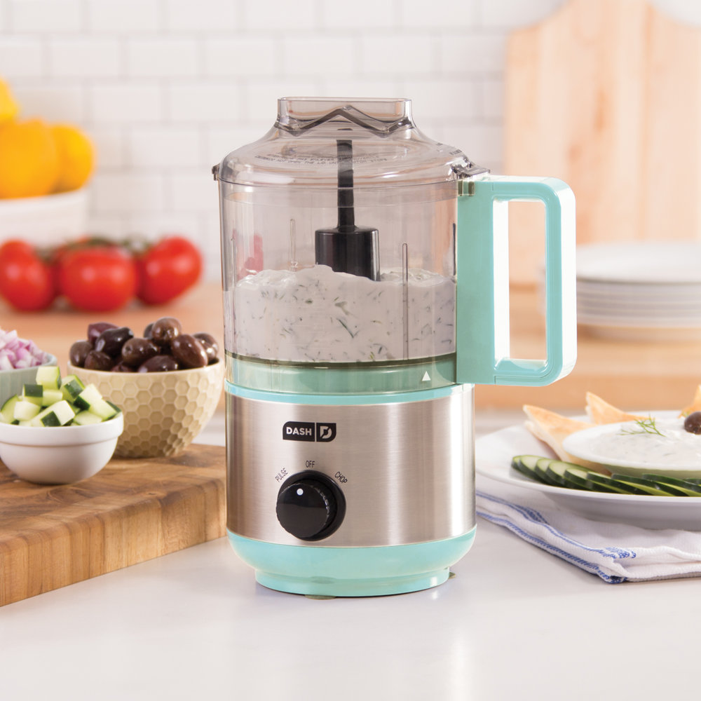 Your friend is not the savviest in the kitchen but still loves to cook. A    Dash Express Mini Chopper    is the perfect helper for any recipe.