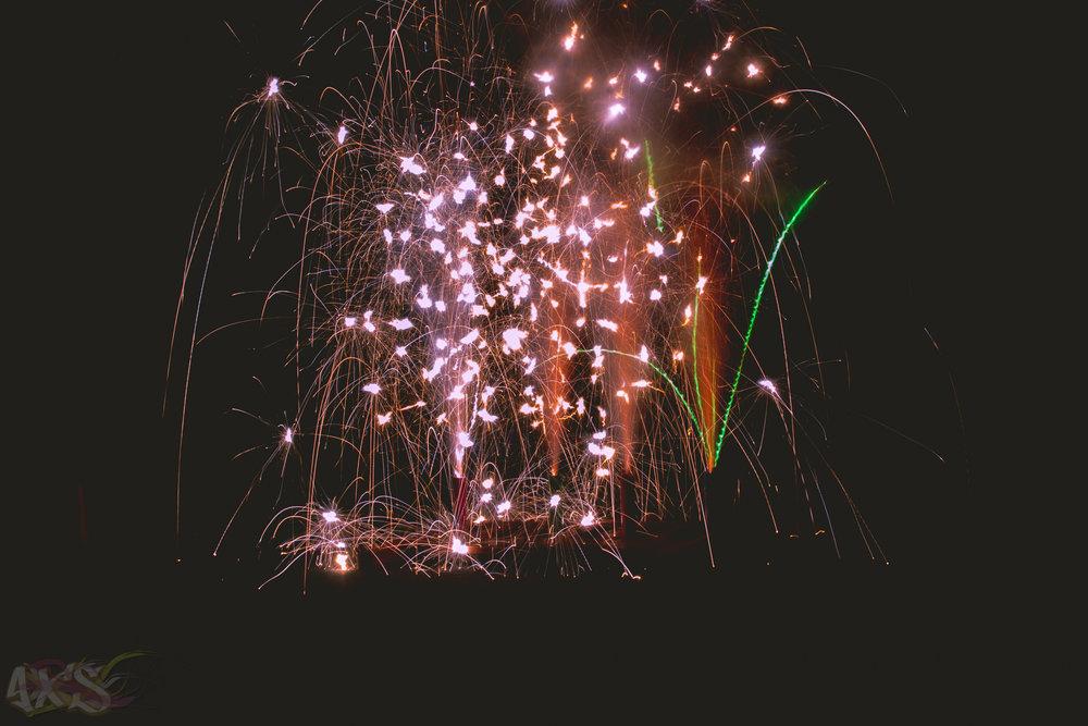 AXS_Fireworks-29.jpg