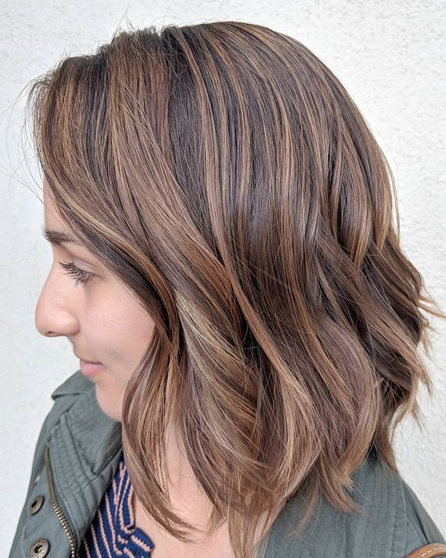 Currently swooning over today's virgin balayage sesh .. So much shiny goodness 🤩 . . Used @originalmineral Paint Powder and toned with @owayorganics 11.17/10.1/9.0/Htone/Hbright/Hmilk . . #hbright #owayhbright #oway #owayorganics #originalmineral #originalmineralusa #balayage #beigeblonde #caramelblonde #naturalhighlights #ammoniafree #organicway #organichaircolor #holistichairtribe #simplyorganicbeauty