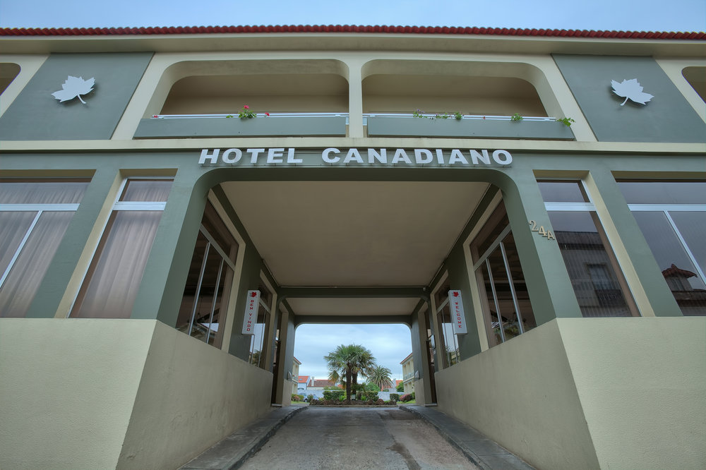 CANADIANO - ENTRANCE.jpg