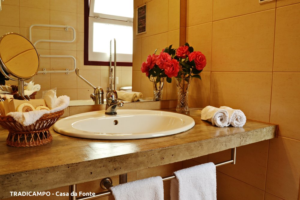Azores Rustic Cottage bathroom - Azores Connections.JPG