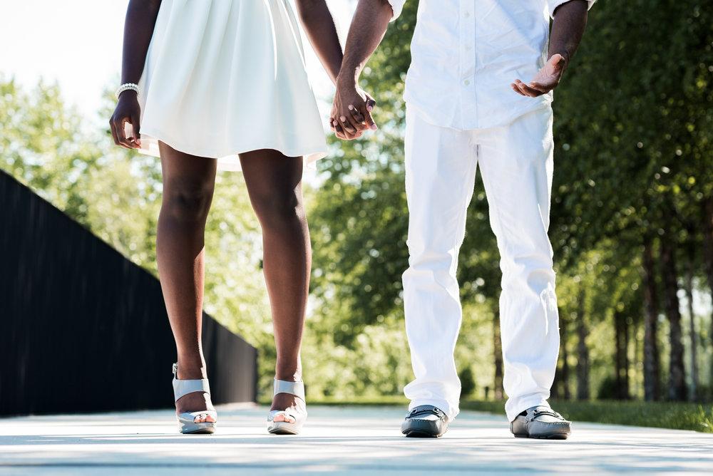 st-louis-wedding-photographer-art-museum-engagement-14.jpg