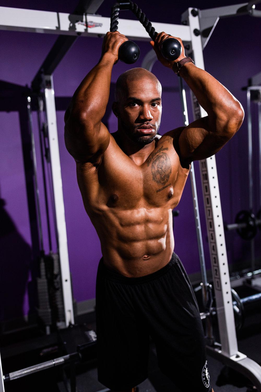 st-louis-fitness-photographer-Konquered-Balance-8.jpg