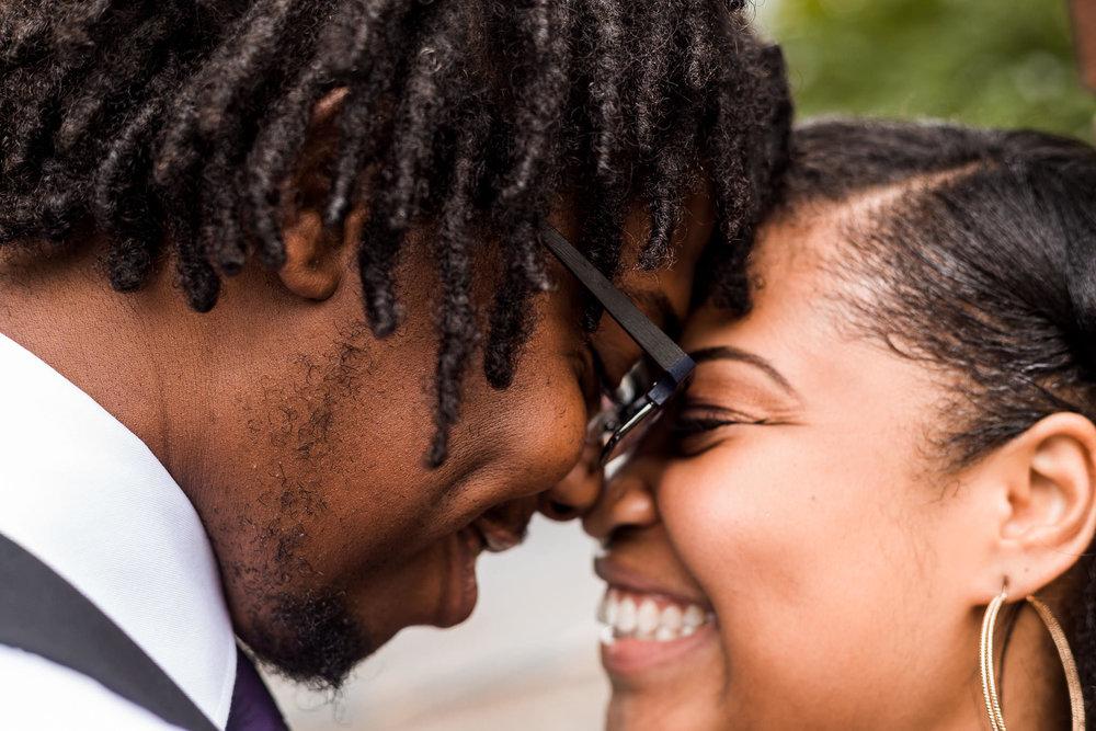 st-louis-wedding-photographer-nelson-atkins-engagement-3.jpg