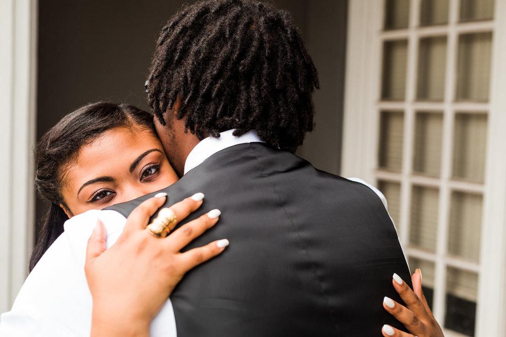 st-louis-wedding-photographer-nelson-atkins-engagement-11.jpg