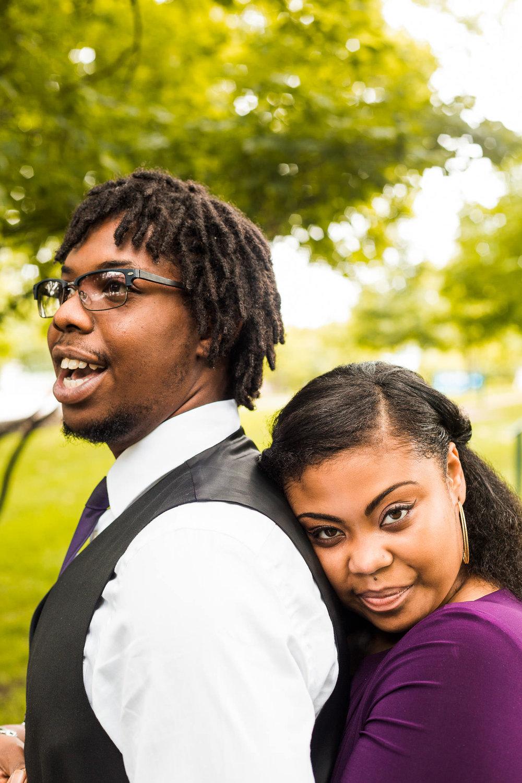 st-louis-wedding-photographer-nelson-atkins-engagement-18.jpg