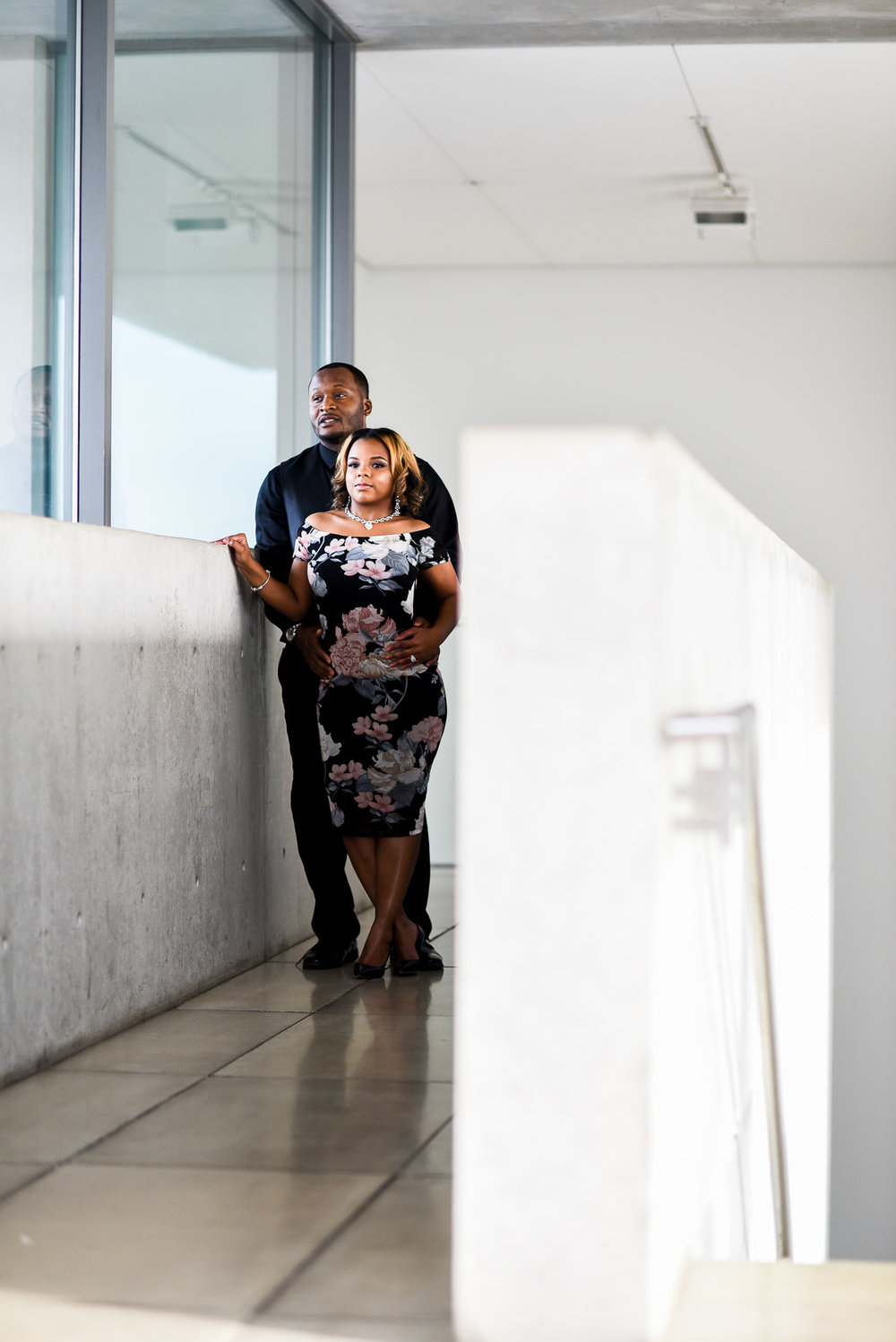 pulitzer-arts-foundation-engagement-portrait-st-louis-mo-photo1-14.jpg
