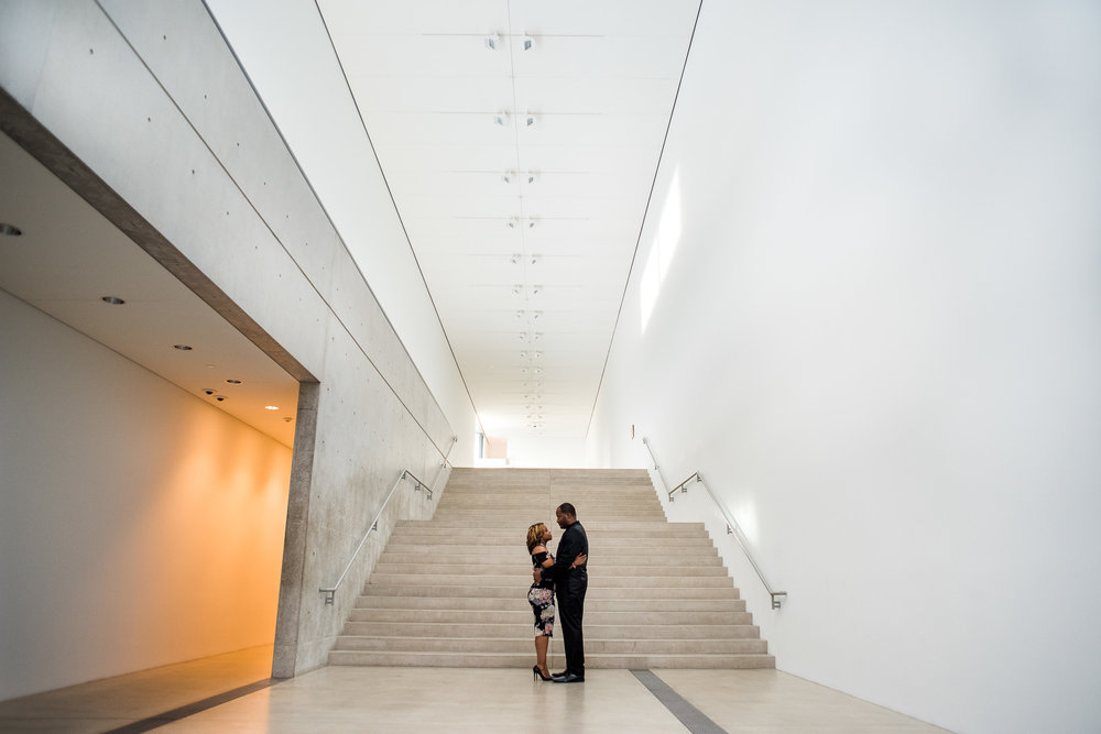 pulitzer-arts-foundation-engagement-portrait-st-louis-mo-photo1-31.jpg