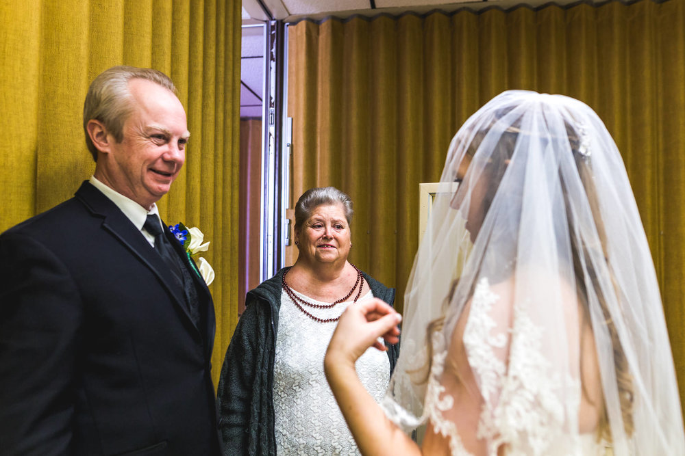 st-louis-photographer-winter-wedding-91.jpg