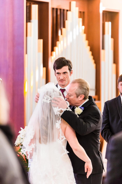 st-louis-photographer-winter-wedding-192.jpg