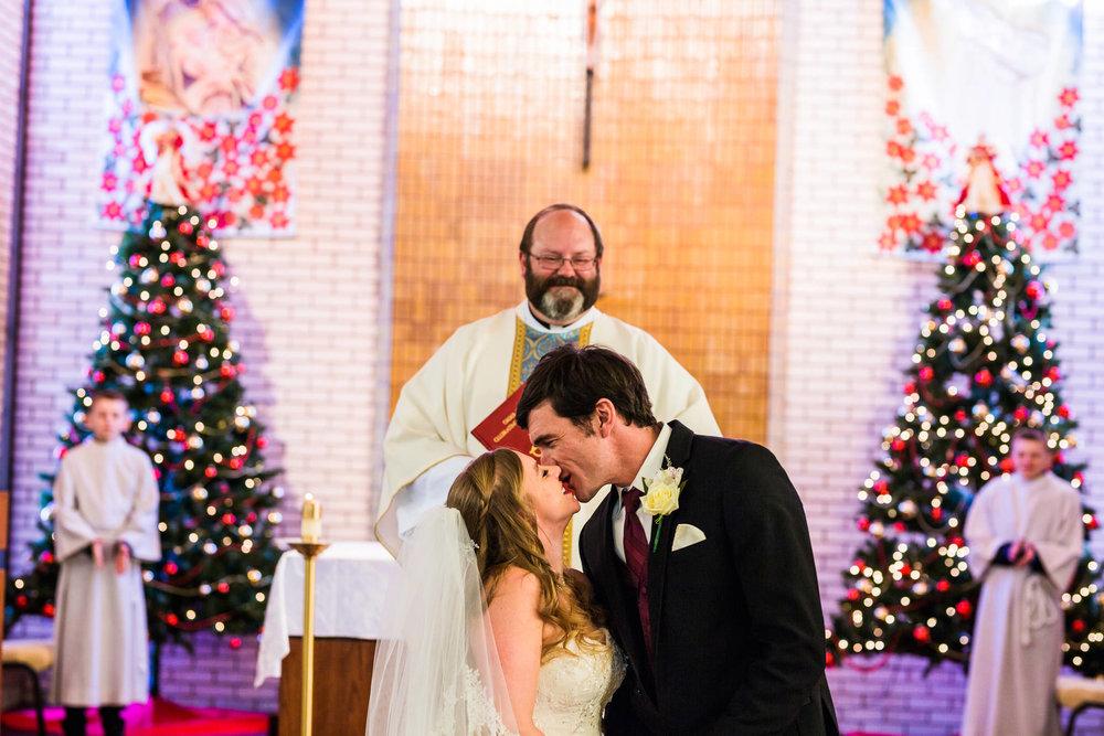 st-louis-photographer-winter-wedding-416.jpg