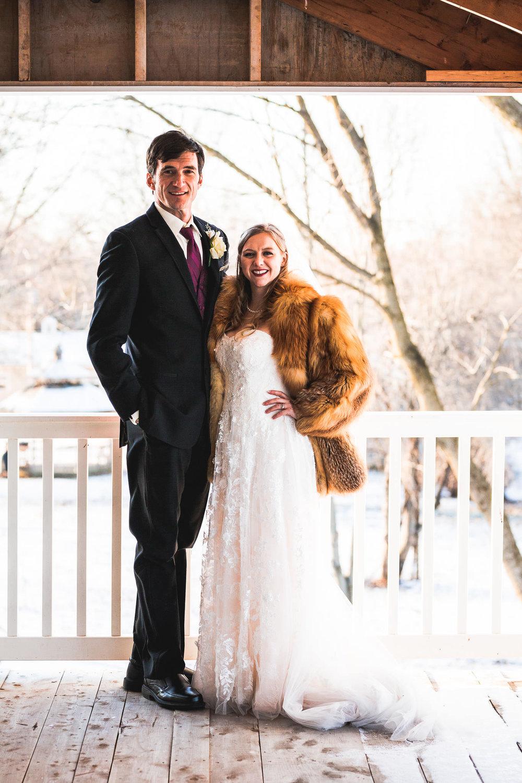 st-louis-photographer-winter-wedding-571.jpg