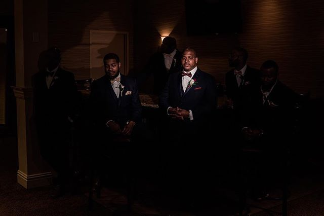 KING. . #weddings #groom #groomsmen #stlwedding #stlweddingphotographer #stlphotographer