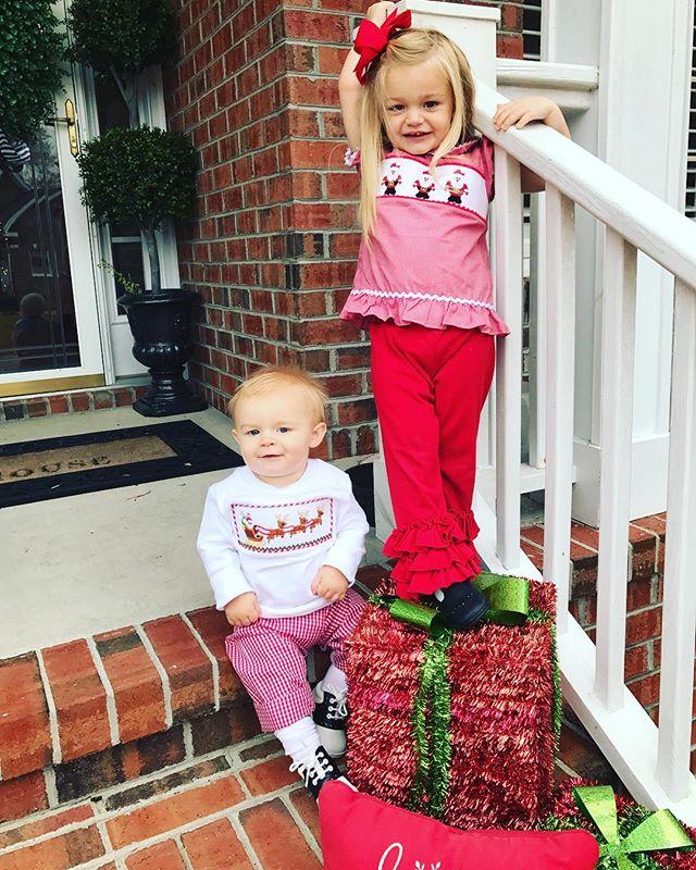 #25daysofdifferentchristmasoutfits #allieparrish #nashjulian