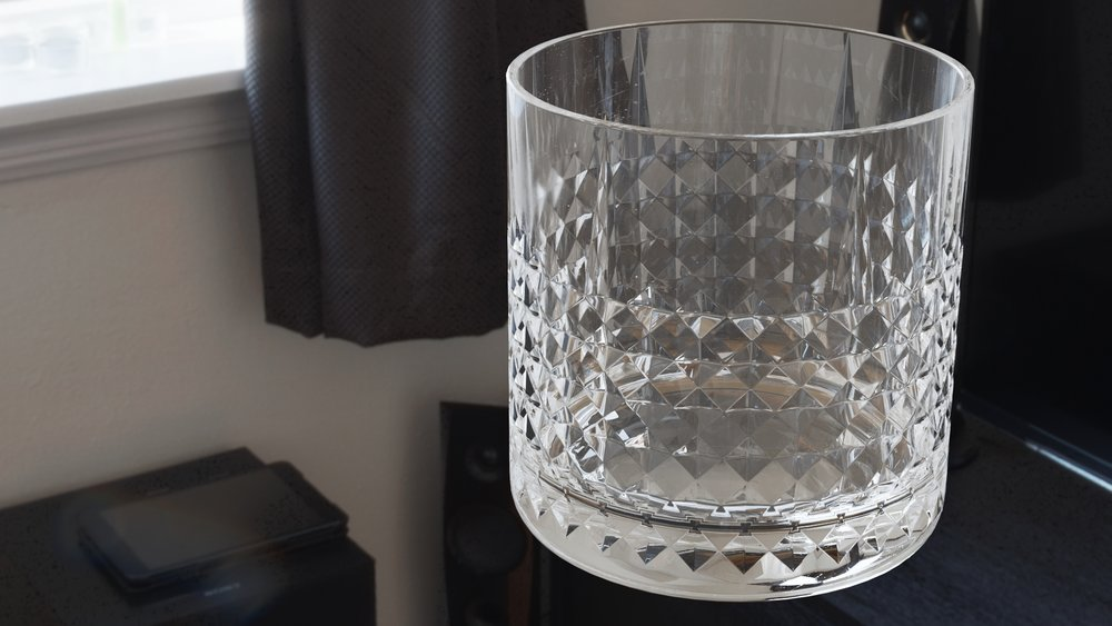 Modelling and shading - A realistic glass