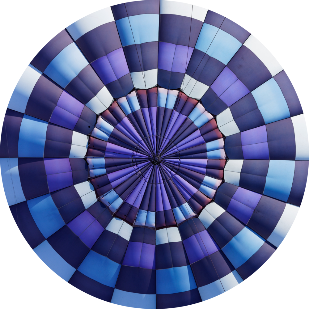 Circle - Blue hot air balloon.png