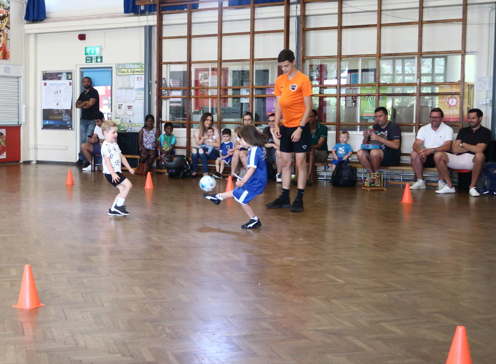 3 - 5 years old - Our 3 - 5 classes are the perfect mix of fun & football, allowing your little superstars confidence to soar. Watch your little one learn to dribble, shoot & move freely all in a pressure-free environment.Learn more by clicking on the picture.