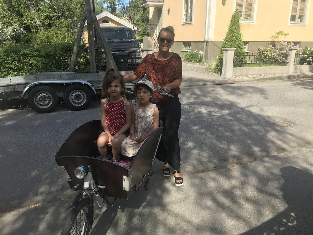 Cyklande familjer kom till biblioteket