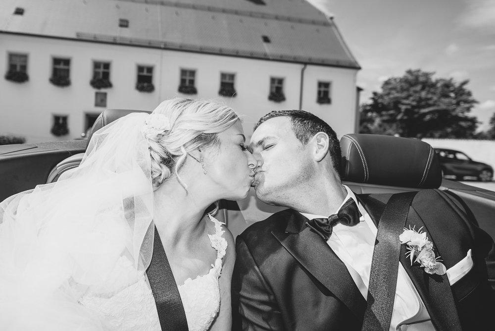 hochzeit-hochzeitsfotograf-straubing-wedding24.jpg