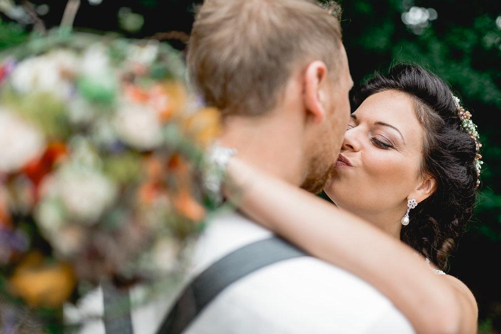 hochzeit-hochzeitsfotograf-straubing-wedding00008.jpg