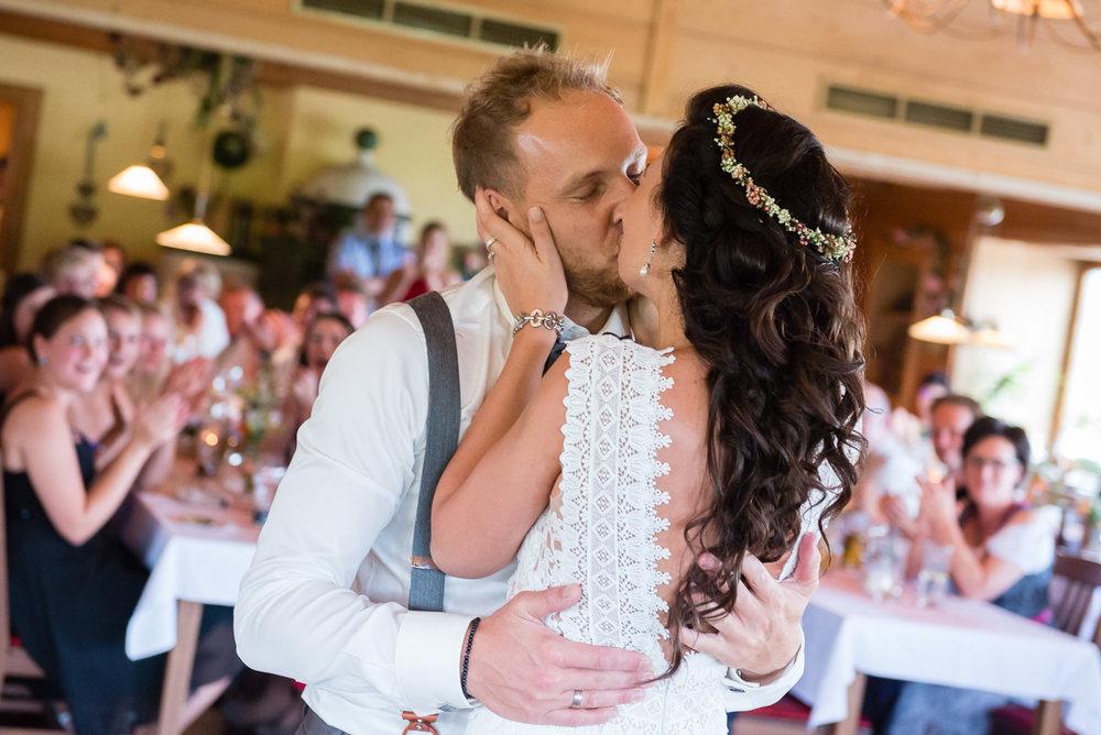 hochzeit-hochzeitsfotograf-straubing-wedding00027.jpg