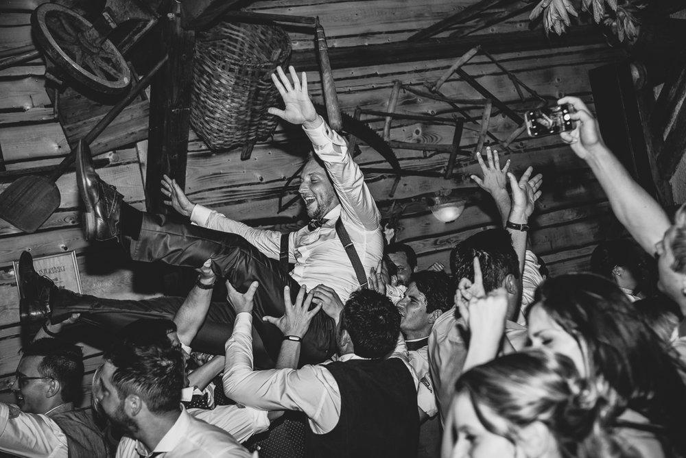 hochzeit-hochzeitsfotograf-straubing-wedding00035.jpg