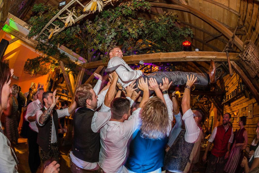 hochzeit-hochzeitsfotograf-straubing-wedding00034.jpg