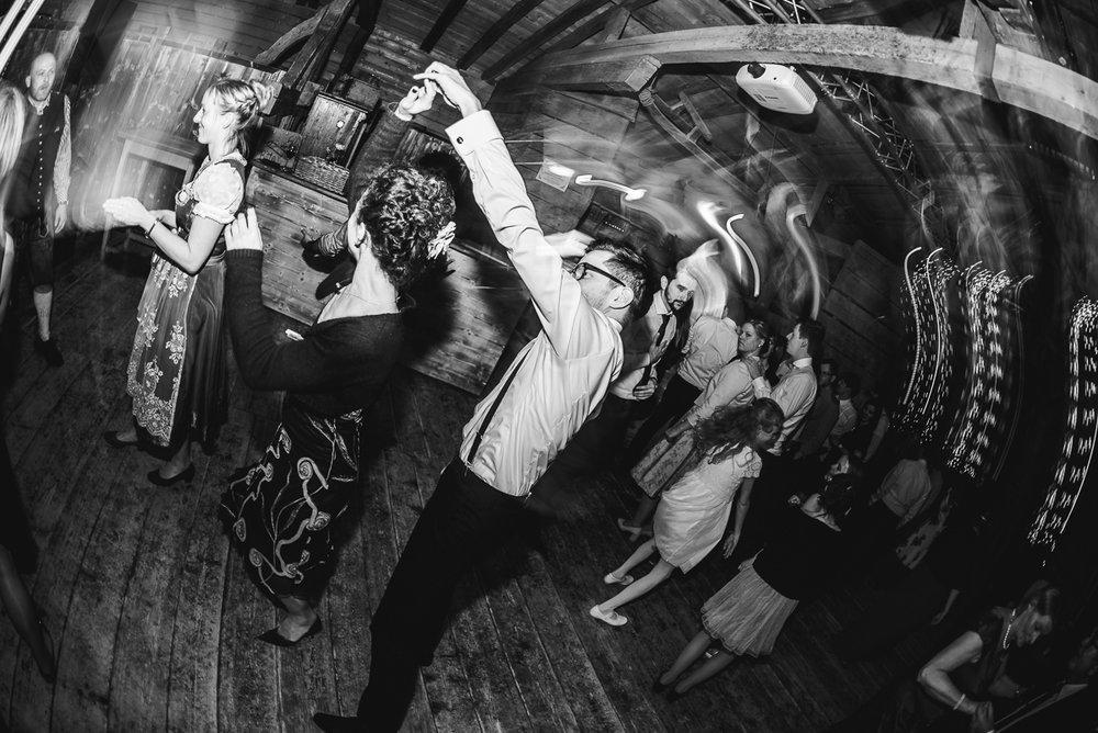 hochzeit-hochzeitsfotograf-straubing-wedding53.jpg